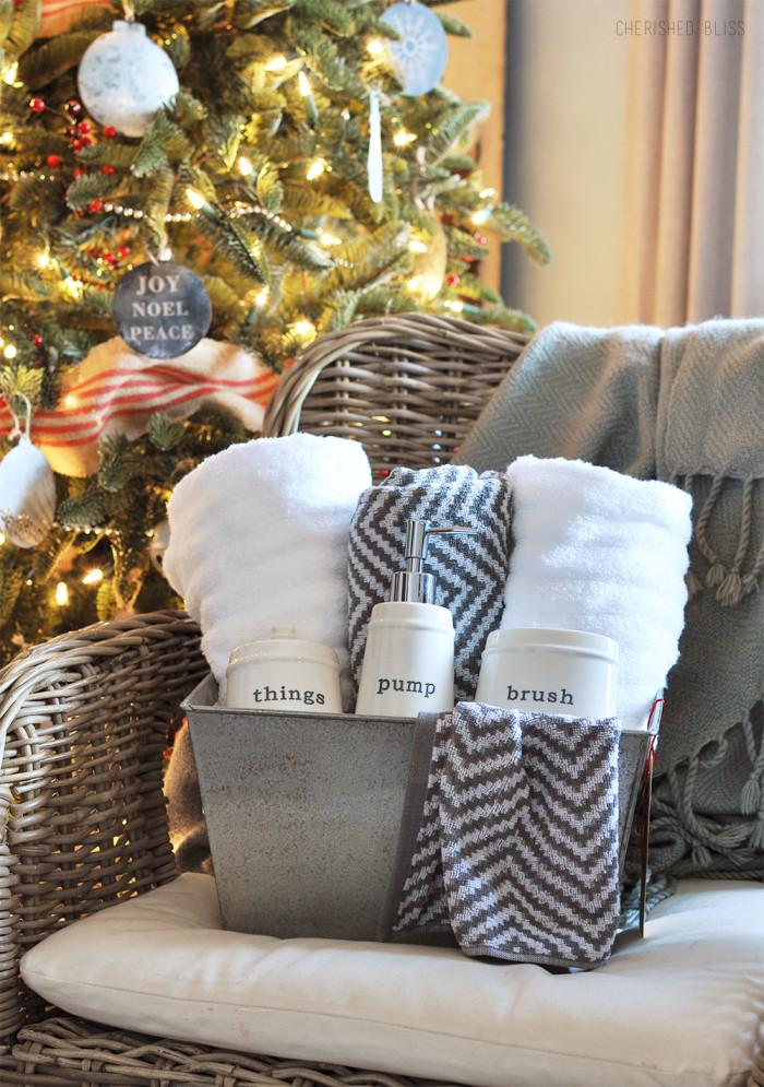 Christmas-Gift-Idea-700x995