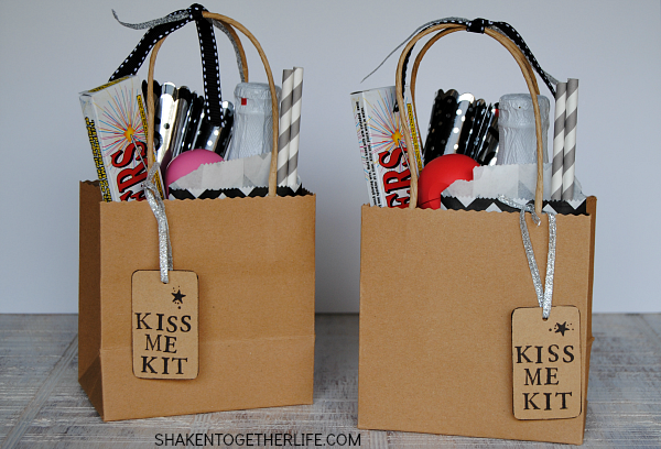 kiss-me-kits-new-years-eve-featured