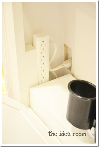 towel-rack-cabinet-7wm_thumb