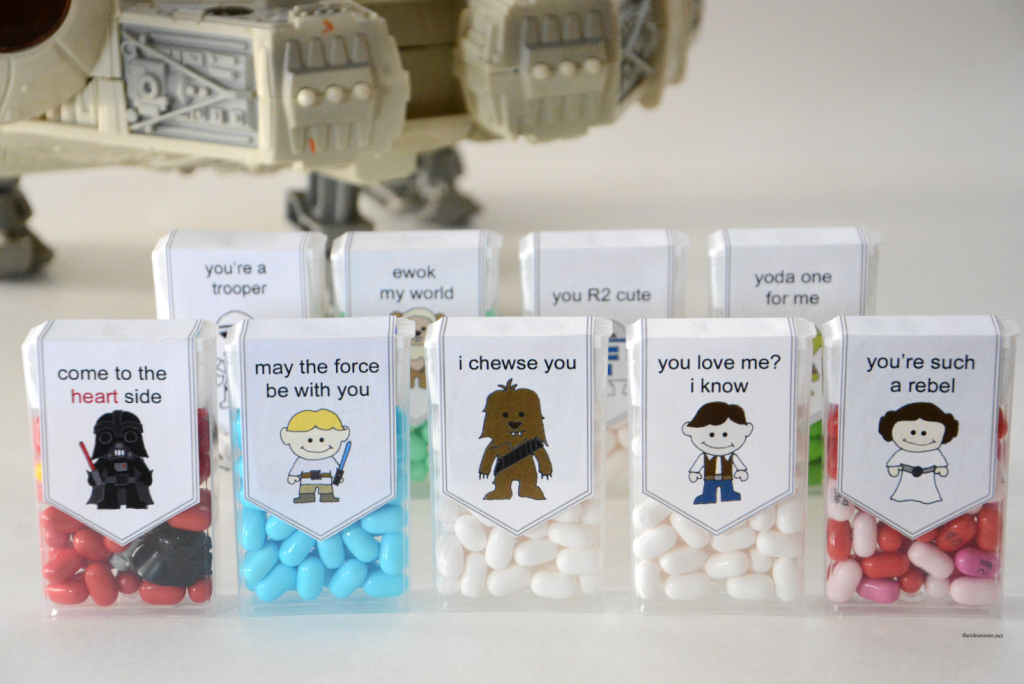Star-Wars-Valentines | Free Printable Star Wars Valentine's for the kids classroom or your friends and family.  Perfect for your Star Wars fans.