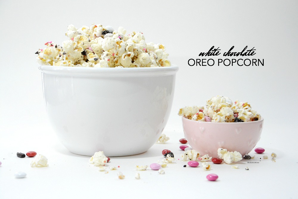 Recipes | This White Chocolate Oreo Popcorn is so easy to make and tastes delicious. Great Valentine's Day Party Treat or gift idea. Video Tutorial & Free Printables.