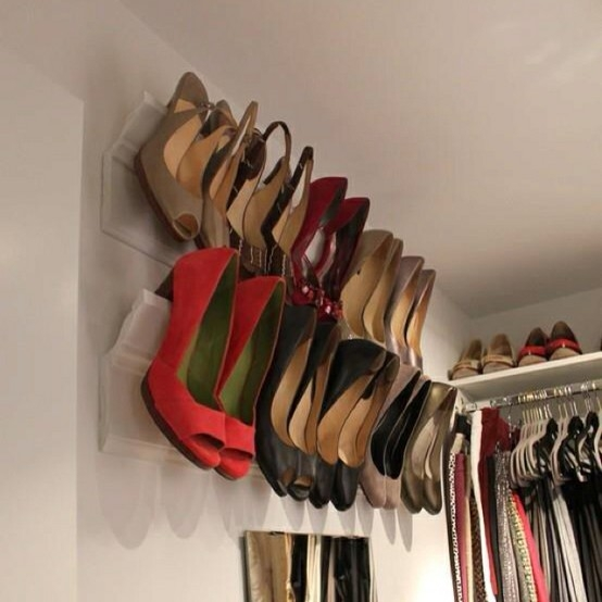 crown-molding-shoe-rack