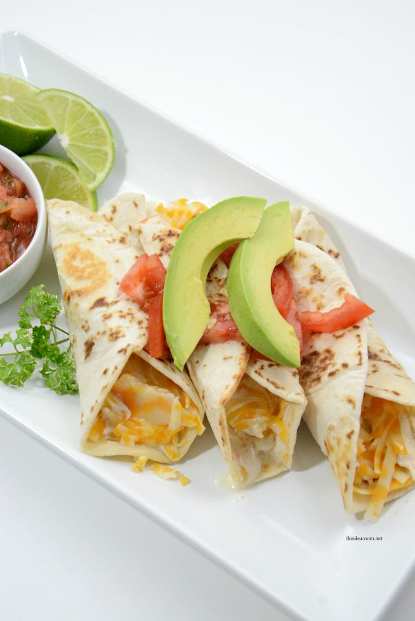 Crock Pot Recipes | A tried and true family favorite recipe. Slow cooker Chicken Taquitos are delicious. Easy and fast, your whole family will love it.