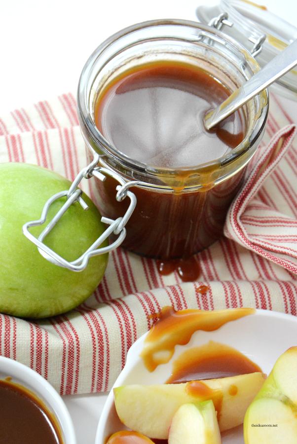 Homemade-Caramel-Sauce 1