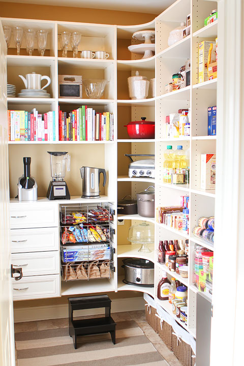 laundry-room-pantry-makeover-before-after-photos-04