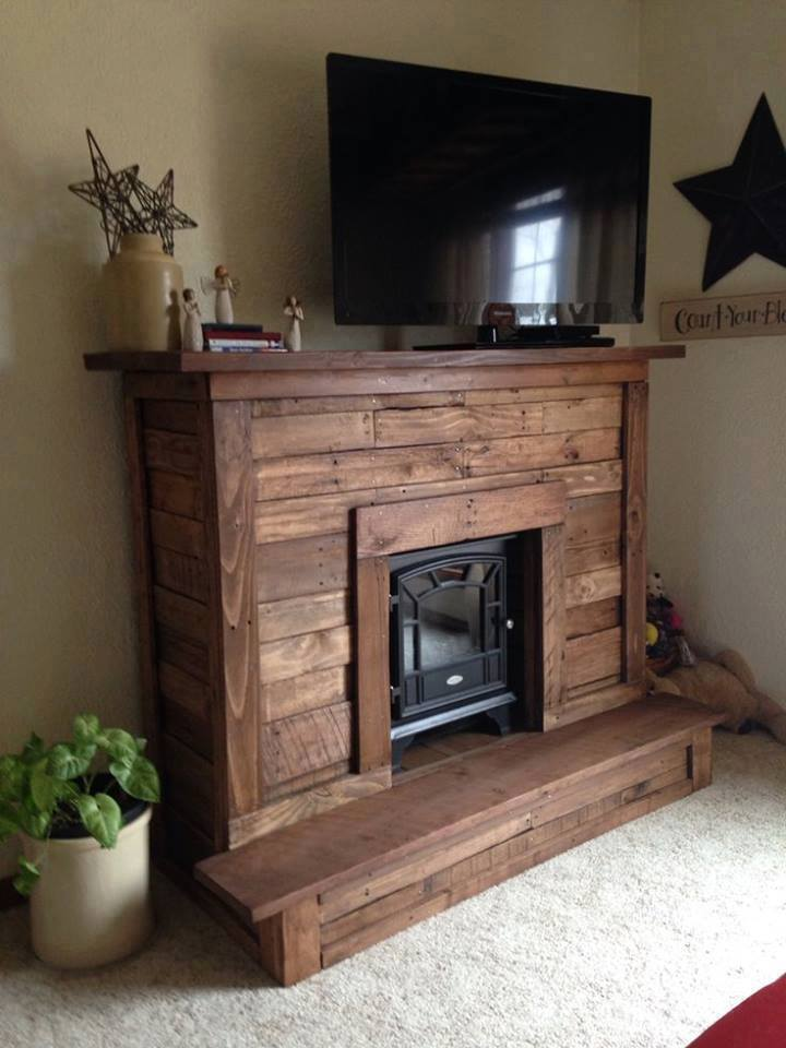 wooden-pallet-media-stand-with-fireplace