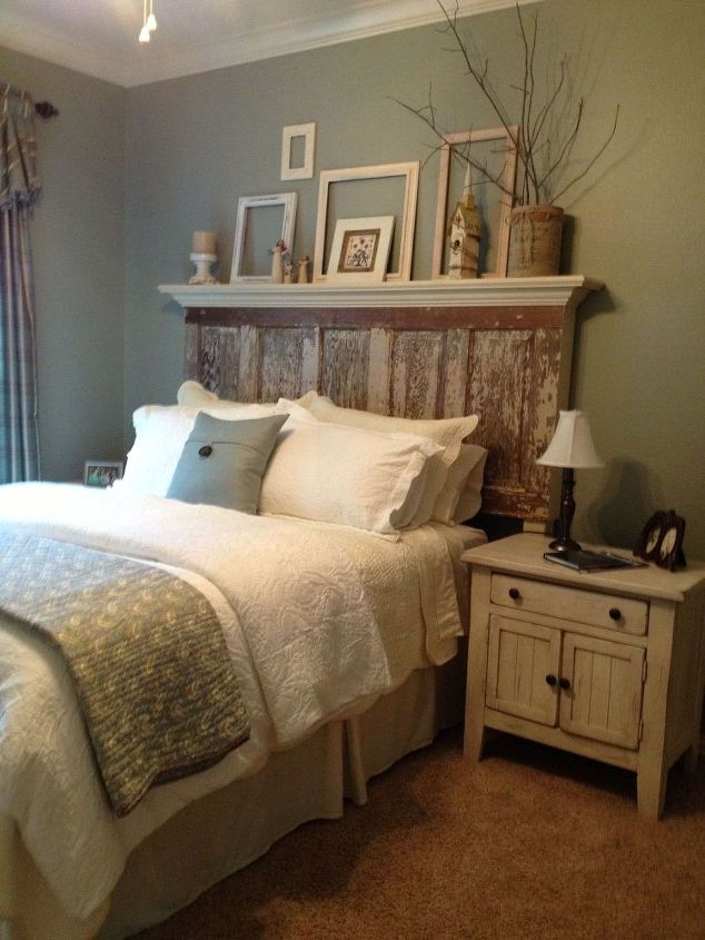 90-year-old-door-made-into-a-headboard-bedroom-ideas-doors-painted-furniture.2 (1)