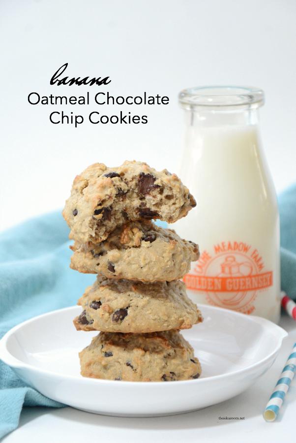 Banana-Oatmeal-Chocolate-Chip-Cookies-cover (1)