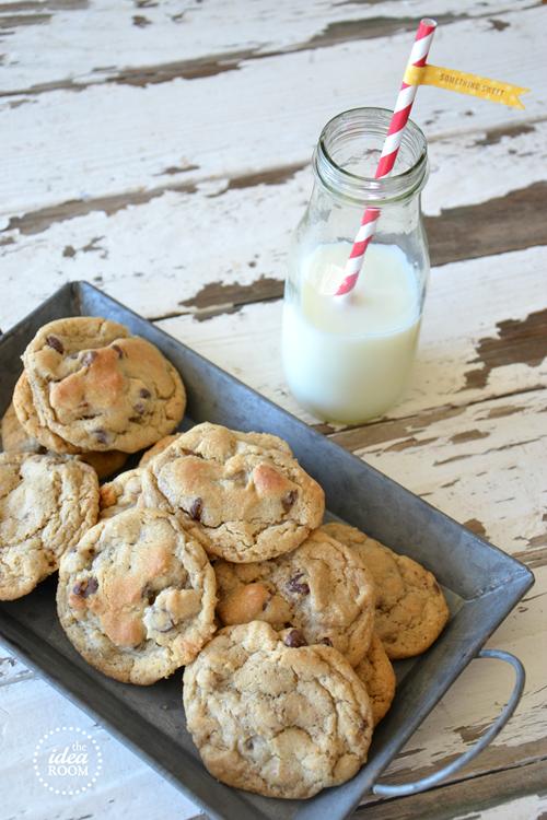Oatmeal-Chocolate-Chip-Cookies_thumb