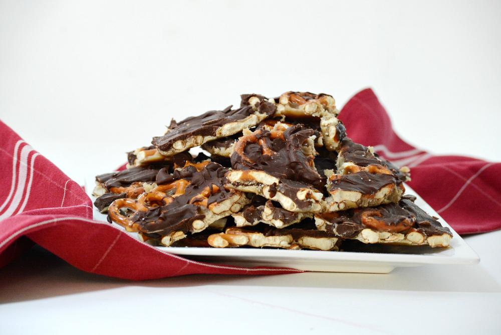 Salted-Caramel-Chocolate-Pretzel Bark