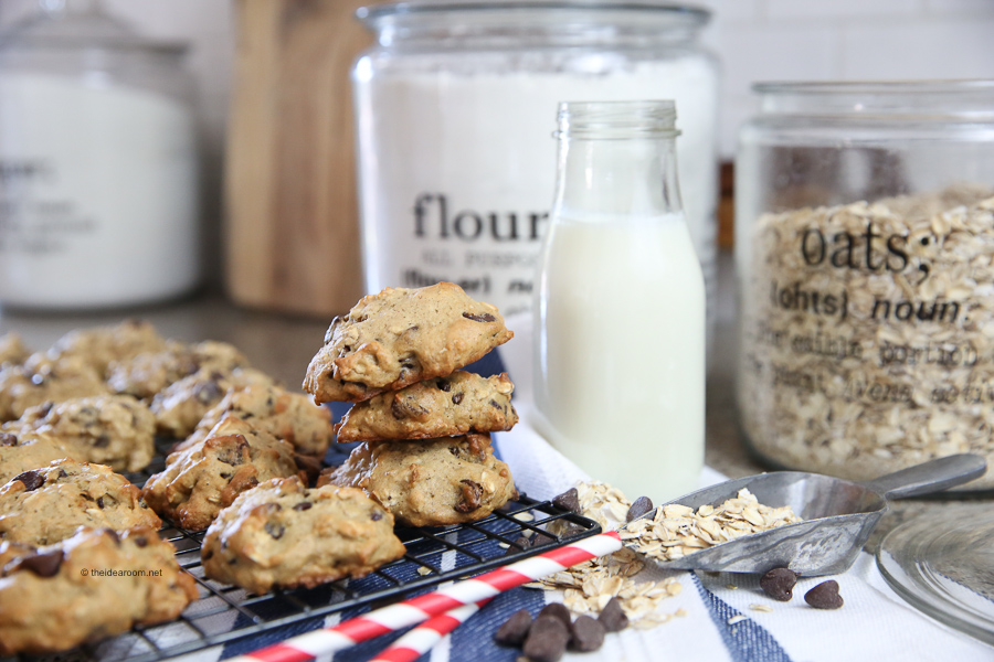 oatmeal cookies banana chocolate chip recipes