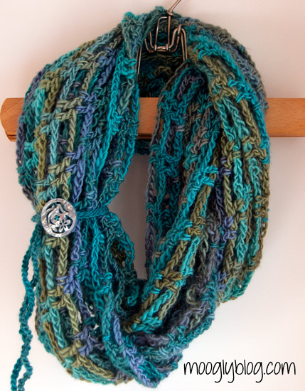 Artfully-Simple-Infinity-Scarf