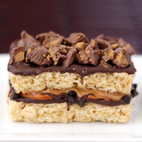 chocolate-pretzel-peanut-butter-cup-krispy-treats-500x500