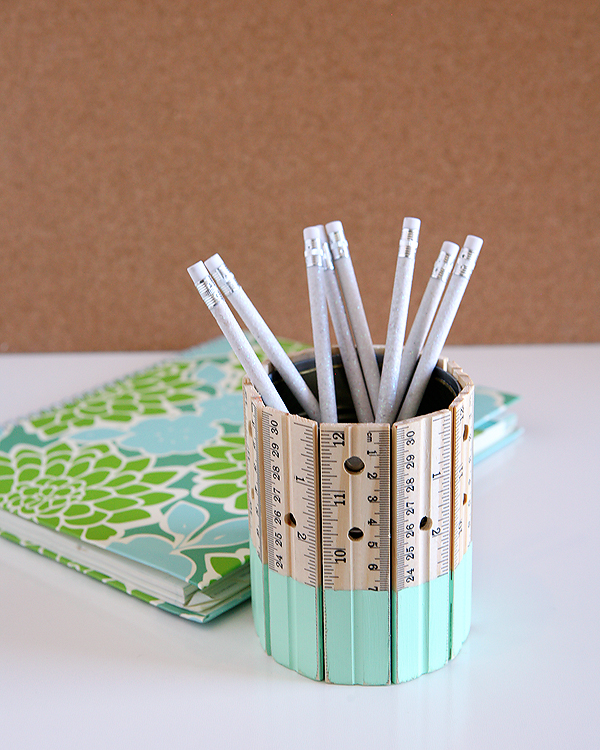 ruler-pencil-holder-aqua