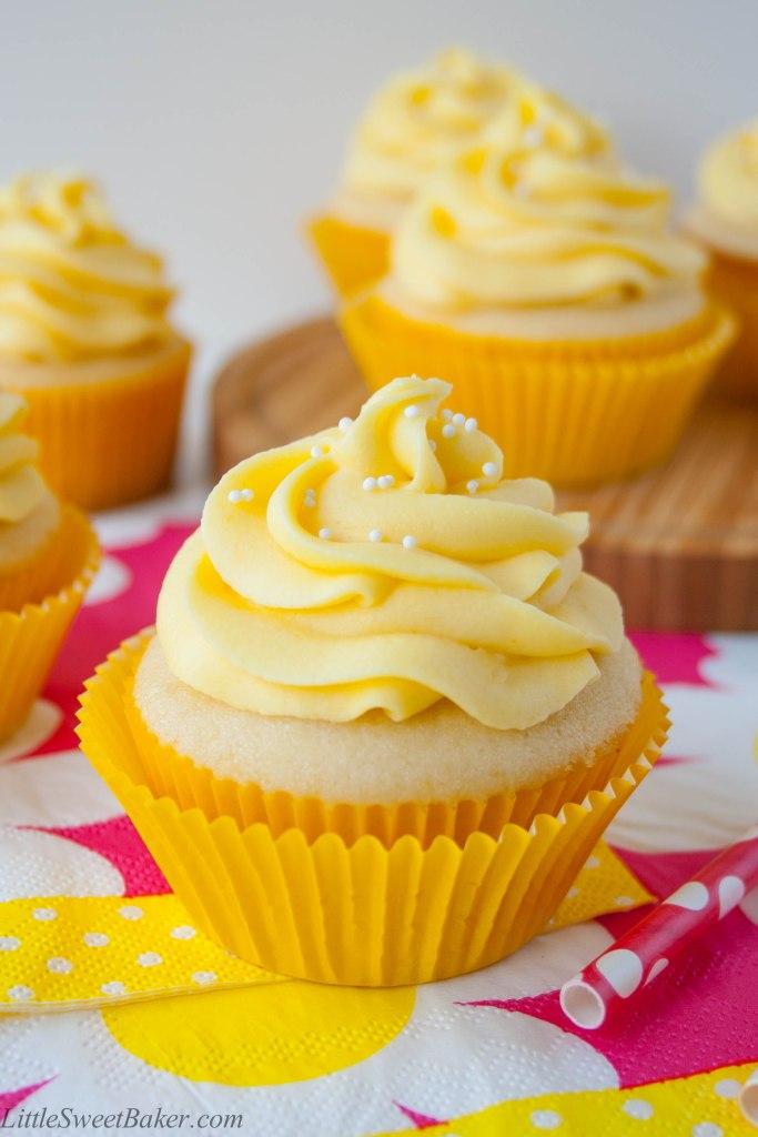 tropical-mango-vanilla-cupcakes-2 (1)