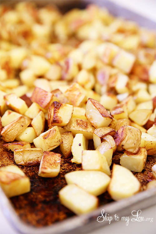 Oven-roasted-garlic-potatoes