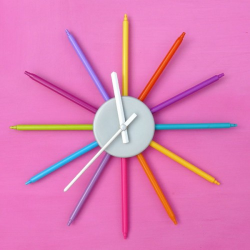diy-colorful-wall-clock-for-a-kids-room-1-500x500