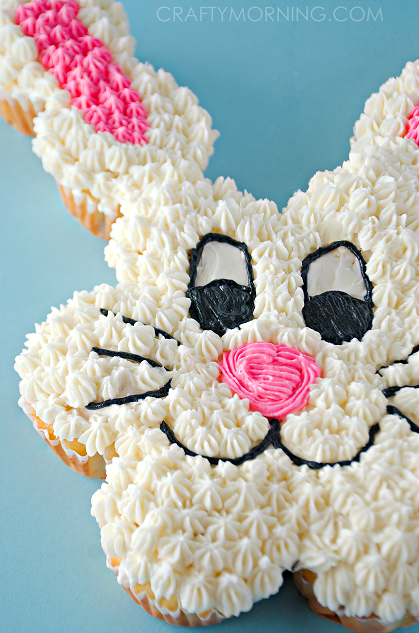 easter-bunny-pull-apart-cupcake-cake