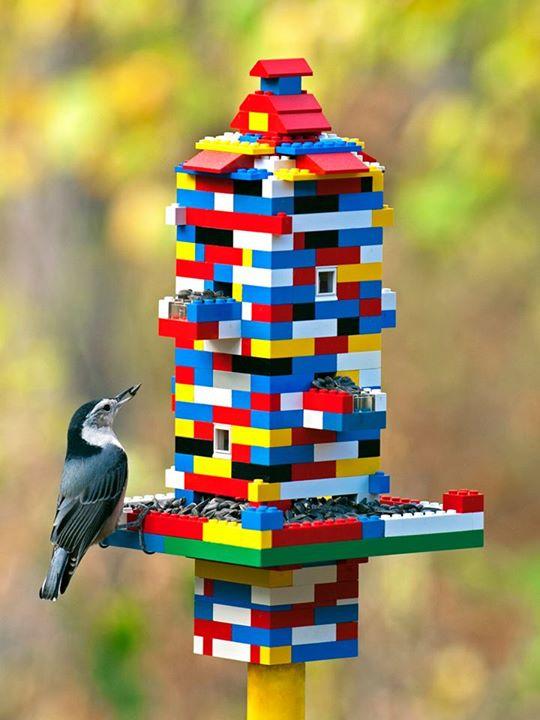 Bird-Feeders-LEGO-Crafts