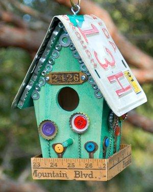 Junk-Store-Birdhouse