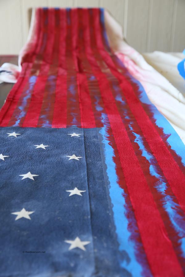 flag- table-runner theidearoom.net-2