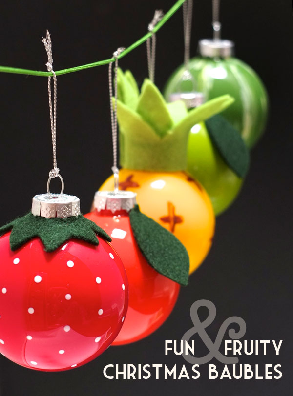 Christmas Bauble Cake Images