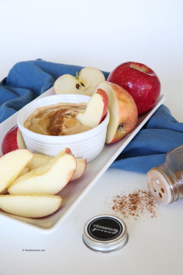 Peanut-butter-honey-yogurt-dip theidearoom.net-2