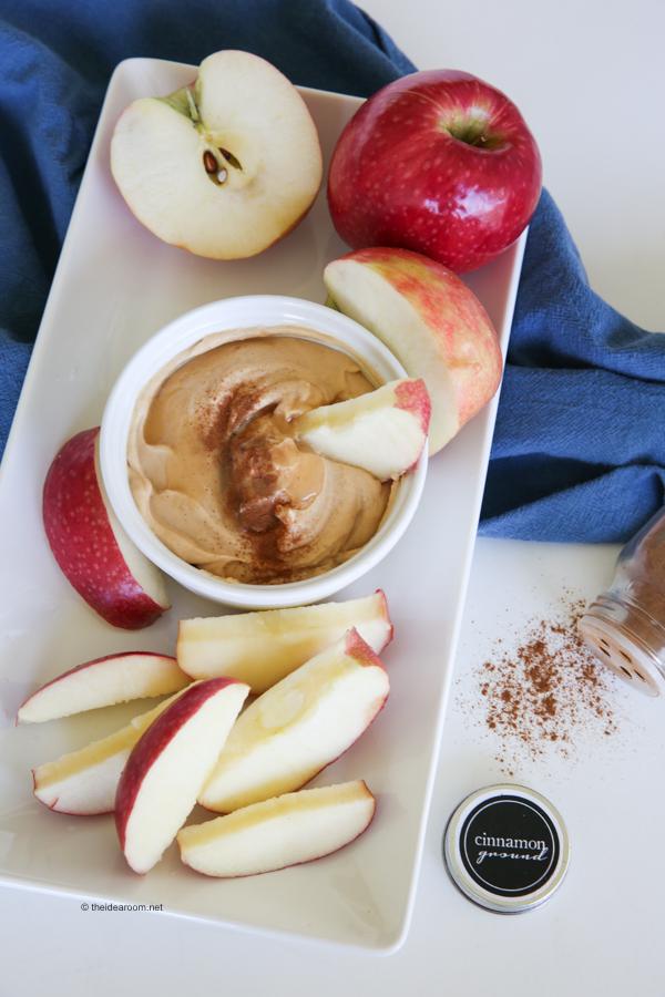 Peanut-butter-honey-yogurt-dip theidearoom.net-3