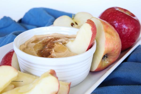 Peanut-butter-honey-yogurt-dip theidearoom.net-6