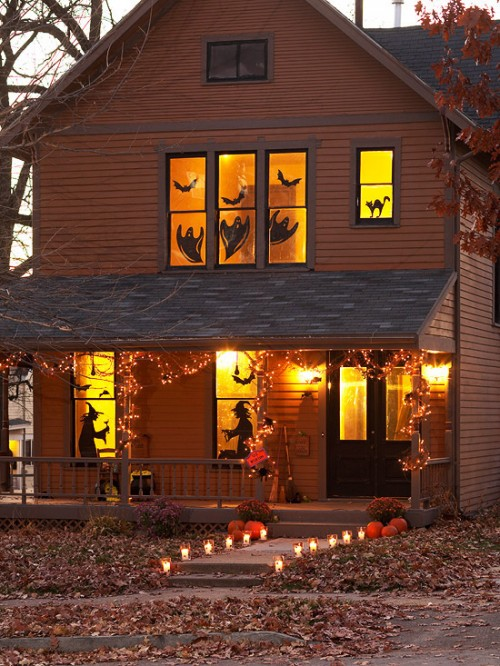 how-to-decorate-windows-for-hallowee-3-500x666