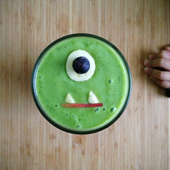monster-smoothie-with-hand