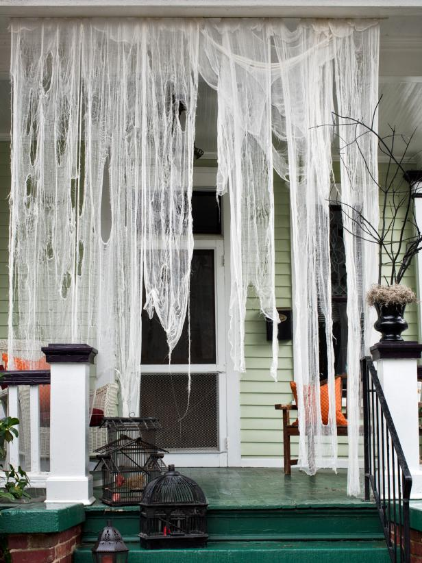original_Brian-Patrick-Flynn-Halloween-ghostly-drapery-beauty_3x4.jpg.rend.hgtvcom.616.822