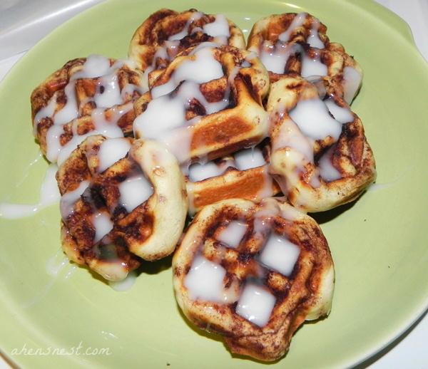 waffled-cinnamon-rolls1