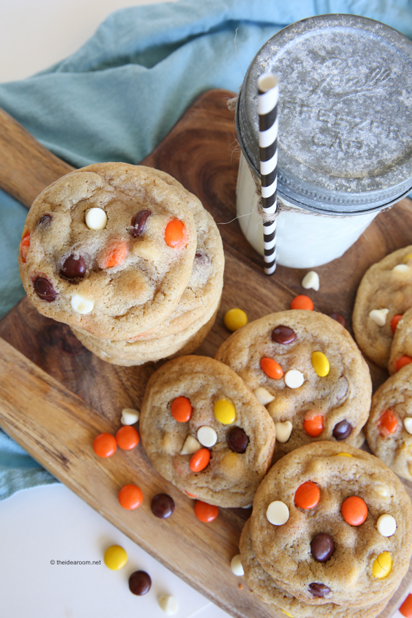 reeses-pieces-cookies-theidearoom-net-4