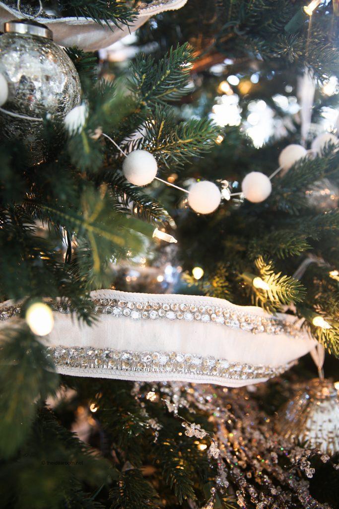balsam-hill-christmas-2017-theidearoom-net-30