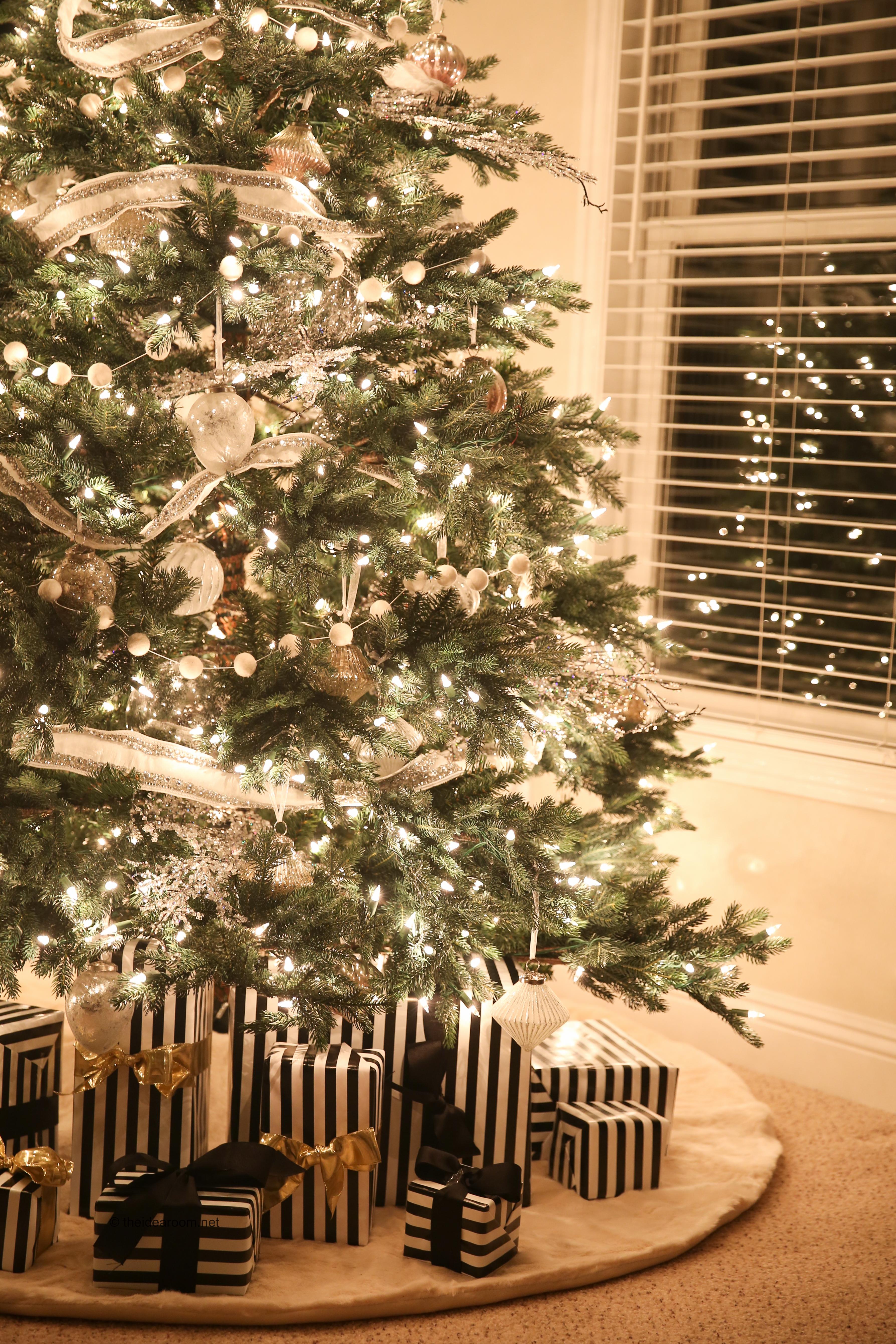 Balsam Hill Christmas Tree.Christmas Tree Tour The Idea Room