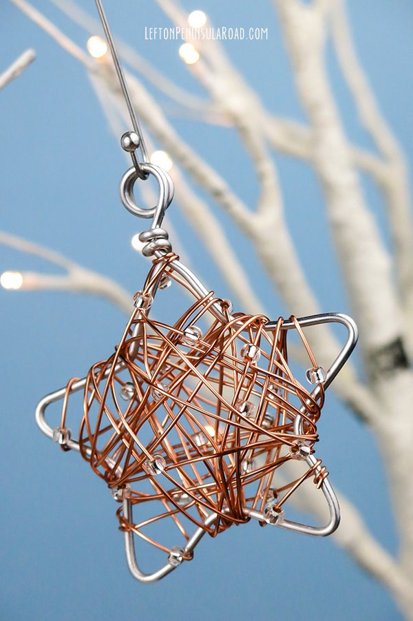 beaded-star-christmas-ornament-with-hanger_left-on-peninsula-road_600px