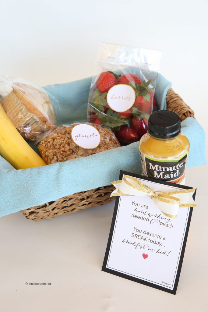 breakfast-in-bed-gift-basket-theidearoom-7