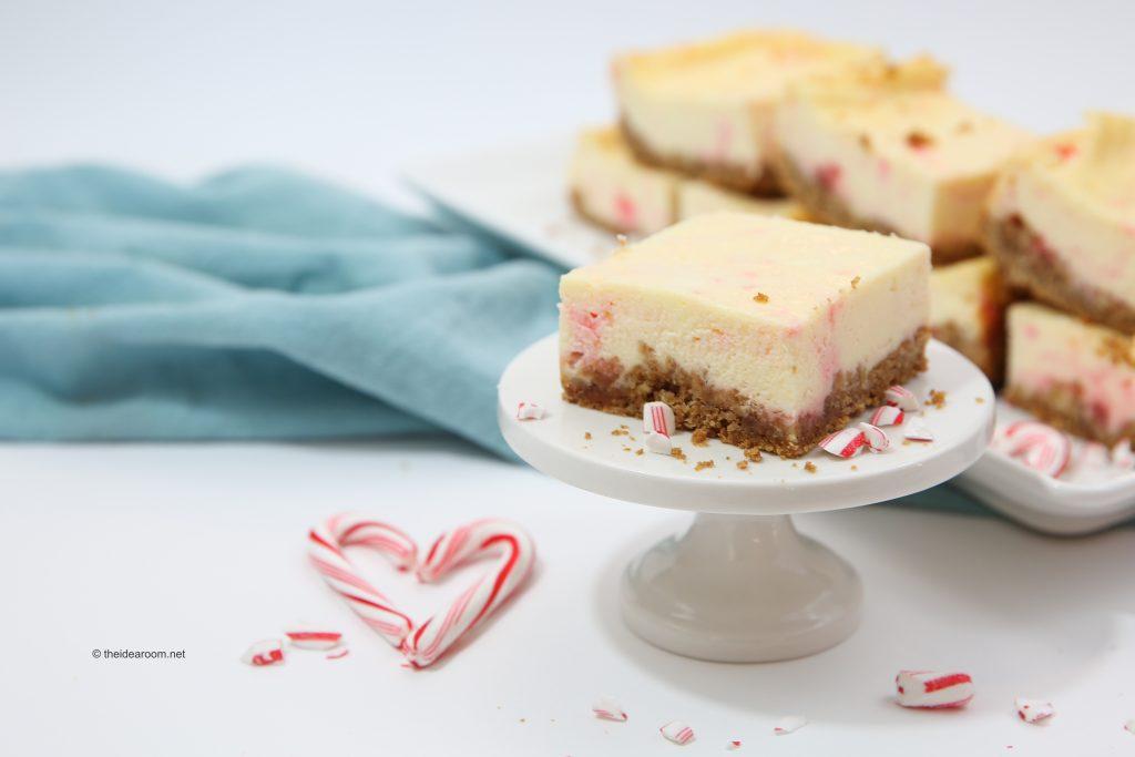 candy-cane-cheesecake-recipes-theidearoom-net-2