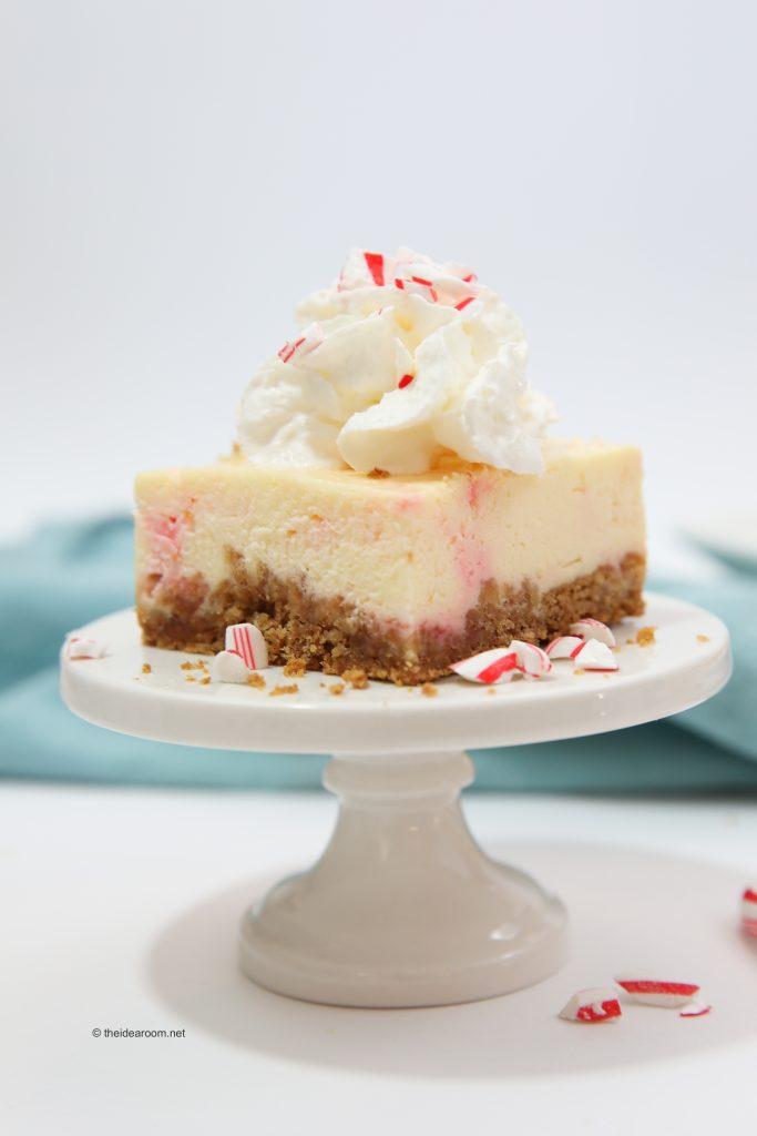candy-cane-cheesecake-recipes-theidearoom-net-6