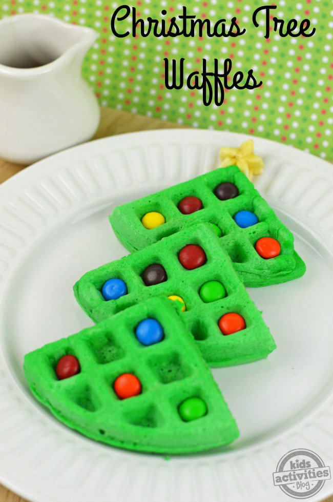 christmas-tree-waffles