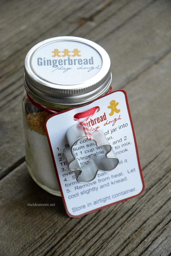 gingerbread-play-dough-recipe-2-4