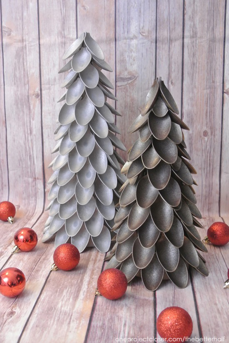 plastic-spoon-christmas-tree-03