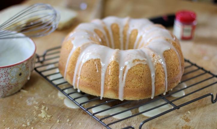 eggnog-bundt-cake-recipe-icing-the-cake