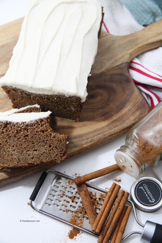 gingerbread-loaf-cream-cheese-frosting-theidearoom-6