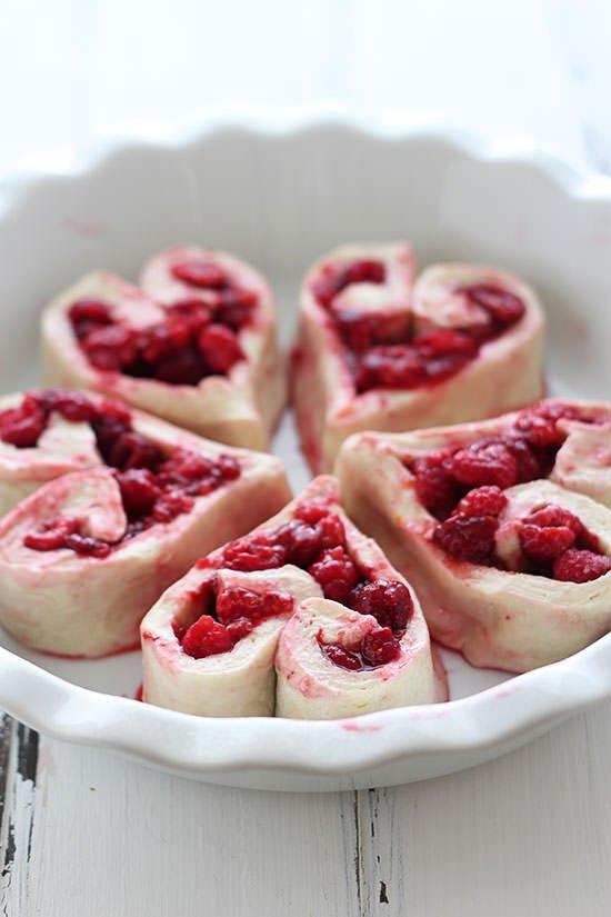 raspberry-rolls-01