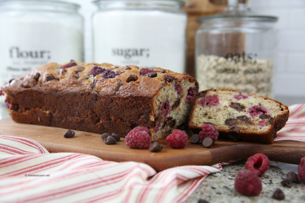 raspberry-chocolate-chip-bread