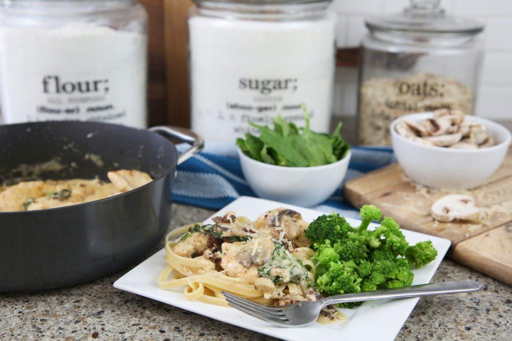 creamy-sun-dried-garlic-parmesan-chicken-easy-dinner-recipes-theidearoom