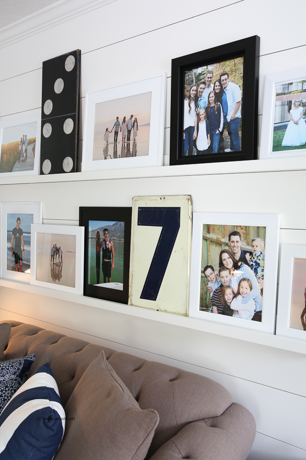 DIY-photo-ledge-photo-shelf