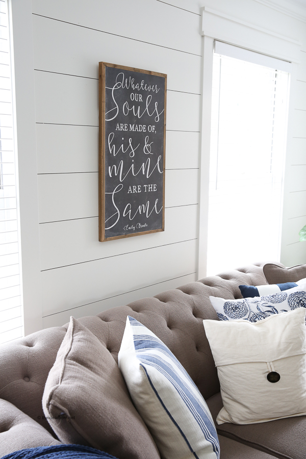 shiplap-walls-farmhouse-decor-wall-sign